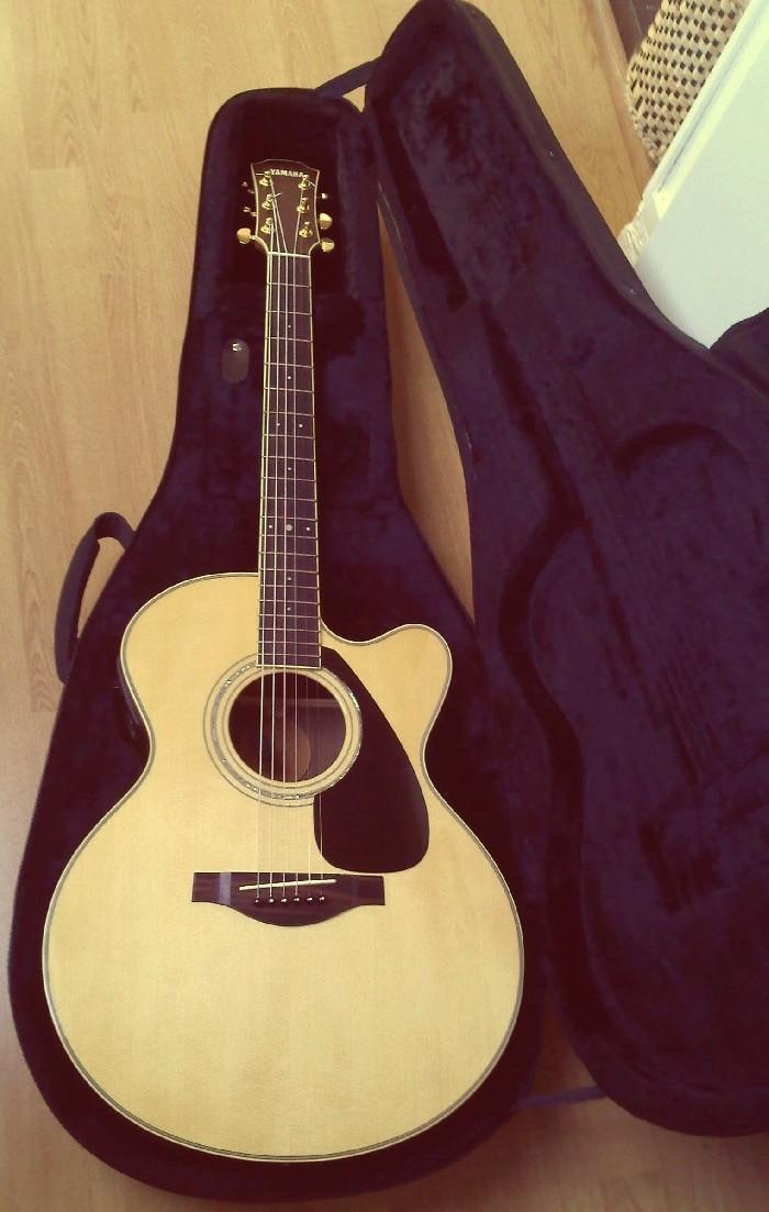 guitare acoustique a vendre