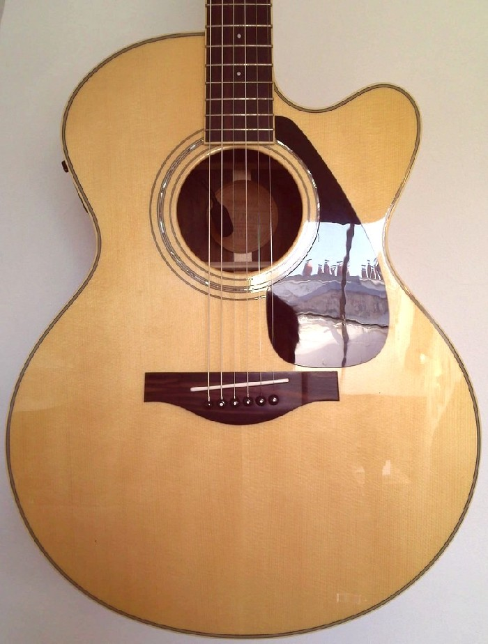 guitare acoustique yamaha a vendre. Black Bedroom Furniture Sets. Home Design Ideas