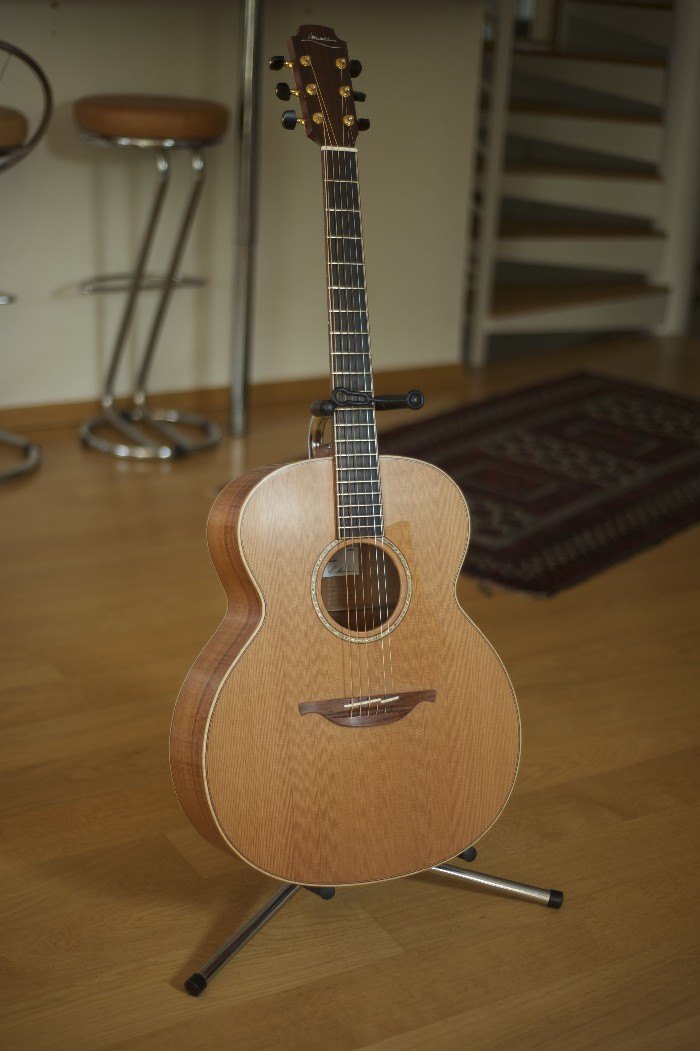 acoustic guitar lowden 035 for sale. Black Bedroom Furniture Sets. Home Design Ideas
