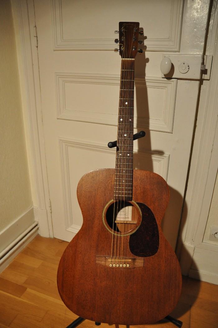 guitare folk lectro acoustique martin j 15 vendre. Black Bedroom Furniture Sets. Home Design Ideas