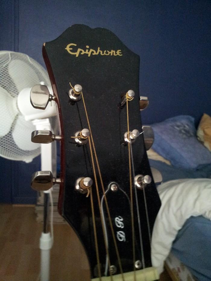 Guitare folk acoustique Epiphone PR150 à vendre