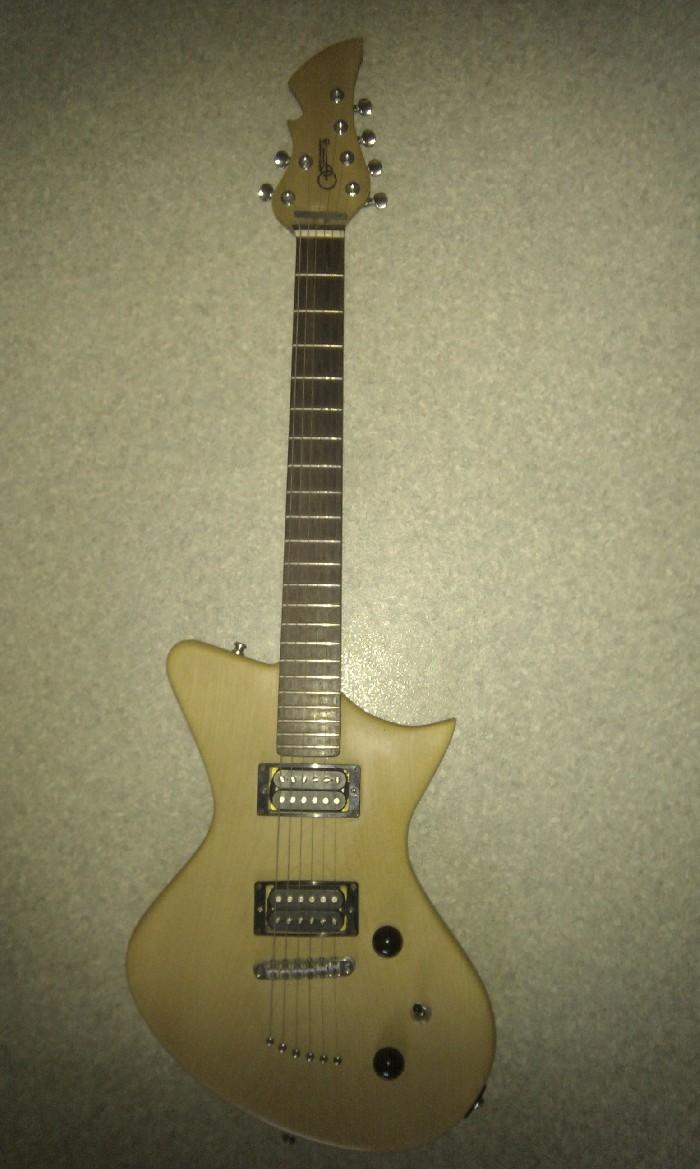Guitarra el ctrica solid body en venta for Luthier guitarra electrica