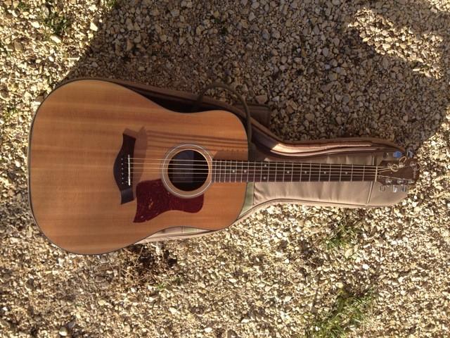 guitare classique taylor 214 n grand auditorium nylon vendre. Black Bedroom Furniture Sets. Home Design Ideas