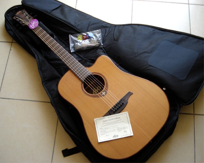 guitare folk lectro acoustique lag t100 dce vendre. Black Bedroom Furniture Sets. Home Design Ideas