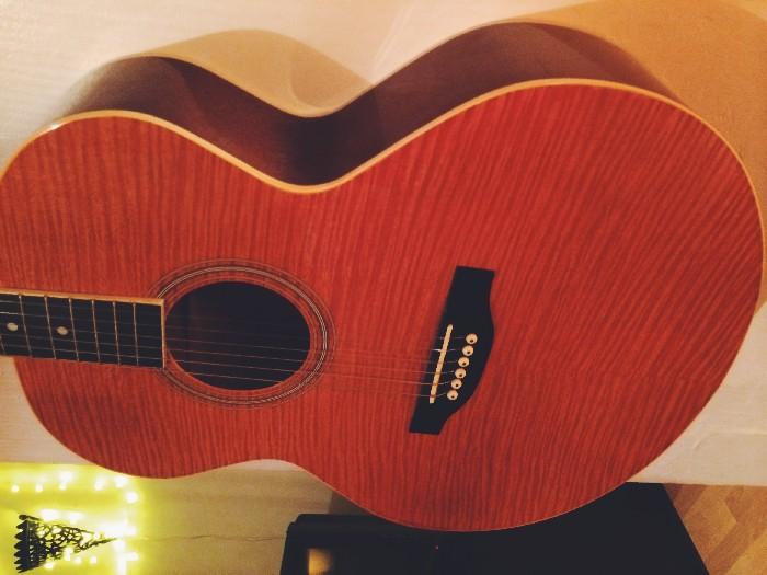 guitare folk acoustique alabama vendre. Black Bedroom Furniture Sets. Home Design Ideas