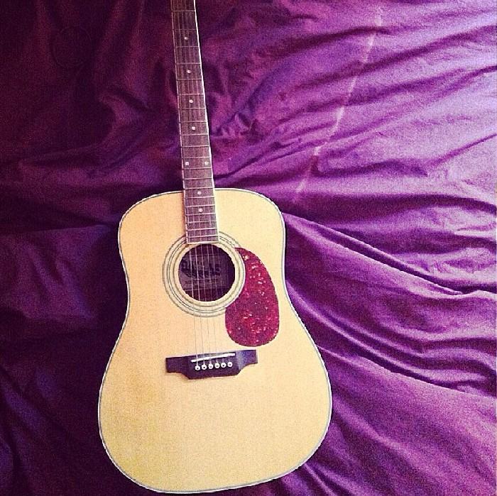 guitare acoustique dallas