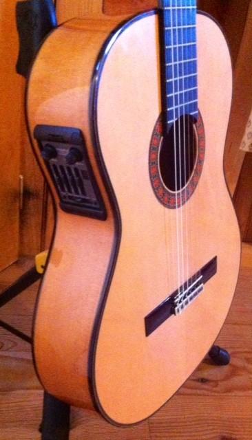 guitare lectro classique alhambra flamenca 10 fc e5 vendre. Black Bedroom Furniture Sets. Home Design Ideas
