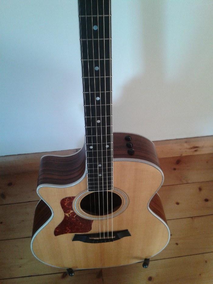 guitare gaucher corde