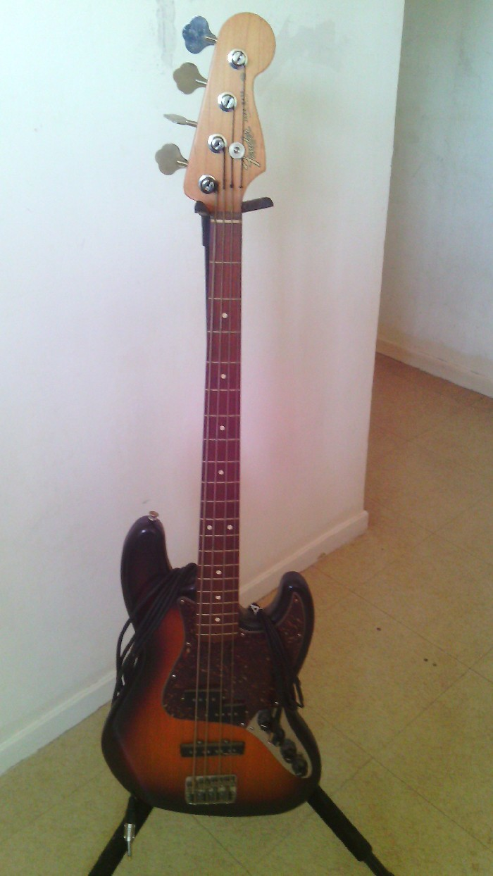 basse lectrique fender american jazz bass vendre. Black Bedroom Furniture Sets. Home Design Ideas