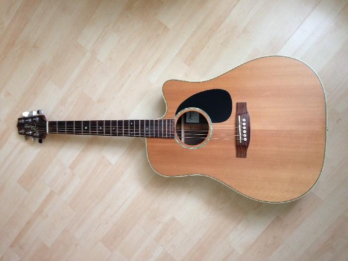 elektro akustische gitarre takamine eg330sc zu verkaufen. Black Bedroom Furniture Sets. Home Design Ideas