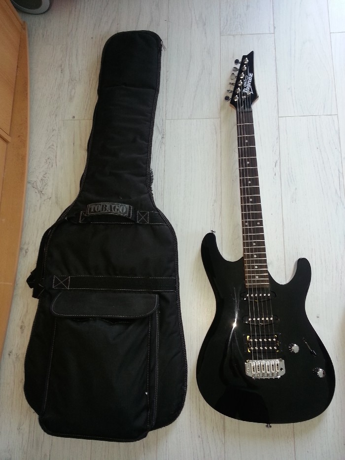 Guitare lectrique solid body ibanez gsa60 bkn vendre for Housse guitare electrique