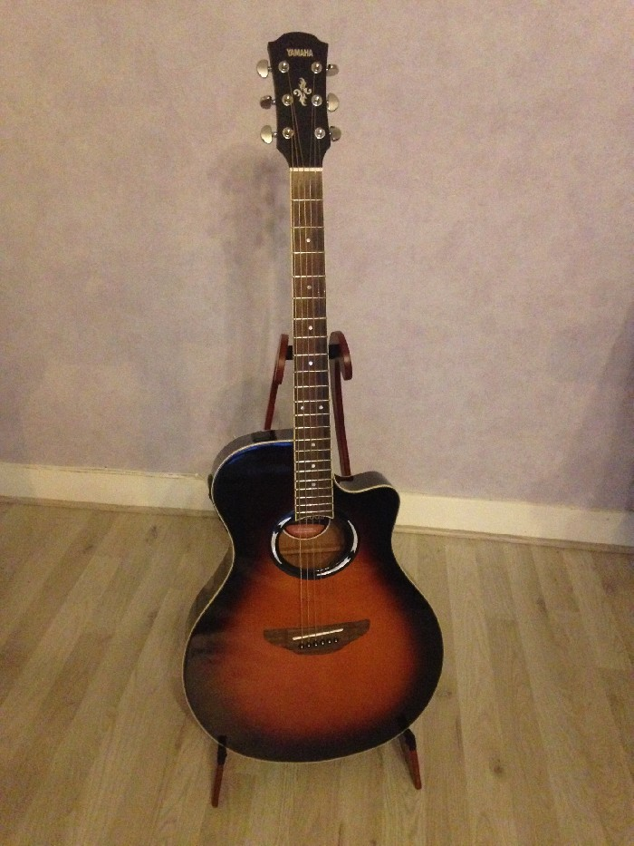 electro acoustic guitar yamaha apx 500 ii for sale. Black Bedroom Furniture Sets. Home Design Ideas