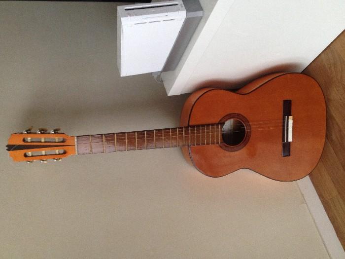 guitare classique contreras 1982 vendre. Black Bedroom Furniture Sets. Home Design Ideas