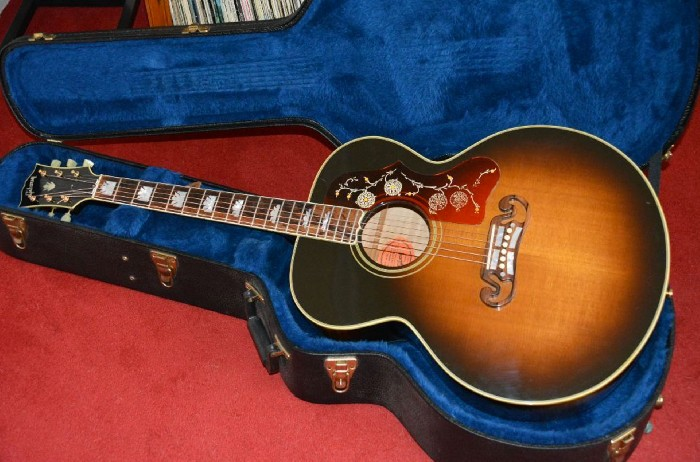 Vintage Gibson Guitars >> Acoustic guitar Gibson J200 TV for sale