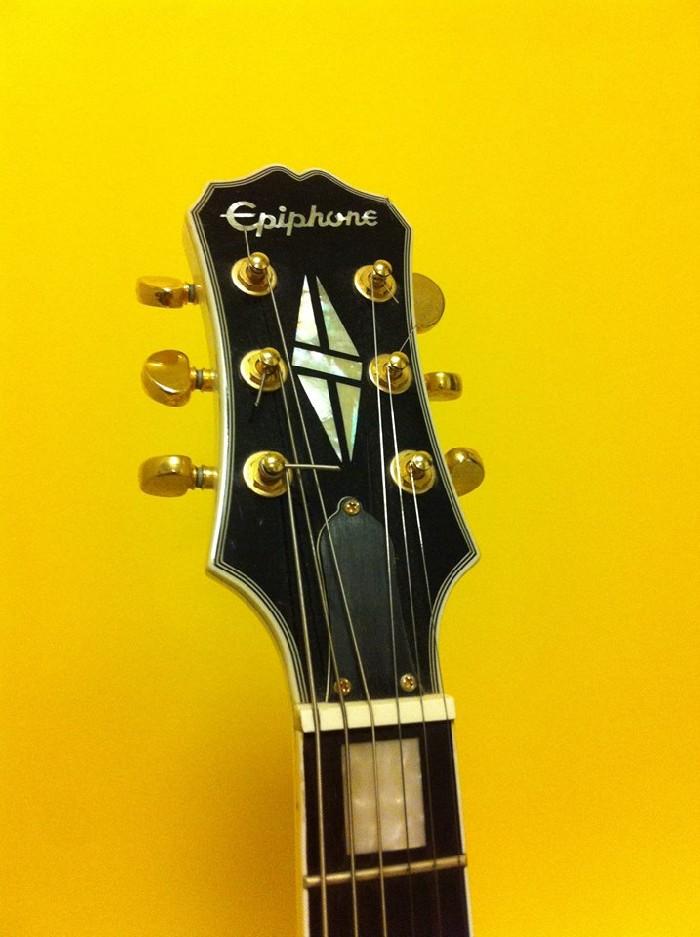 guitare lectrique solid body epiphone les paul custom vendre. Black Bedroom Furniture Sets. Home Design Ideas