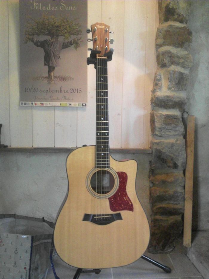 guitare folk lectro acoustique taylor 310ce dreadnought. Black Bedroom Furniture Sets. Home Design Ideas