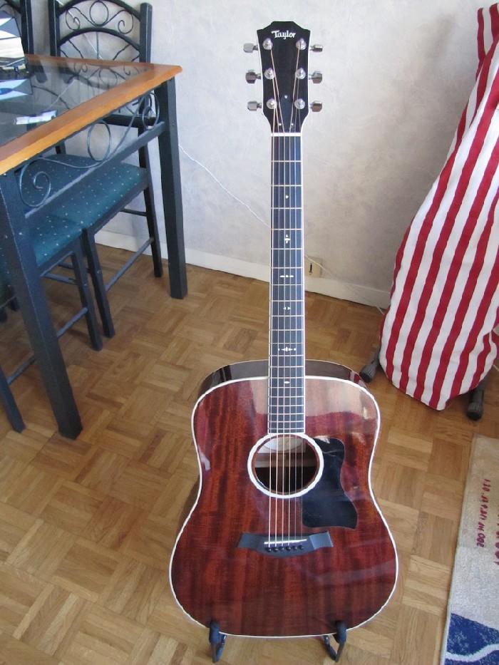 guitare folk lectro acoustique taylor 520 vendre. Black Bedroom Furniture Sets. Home Design Ideas
