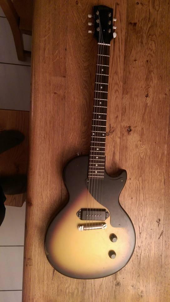 guitare junior a vendre