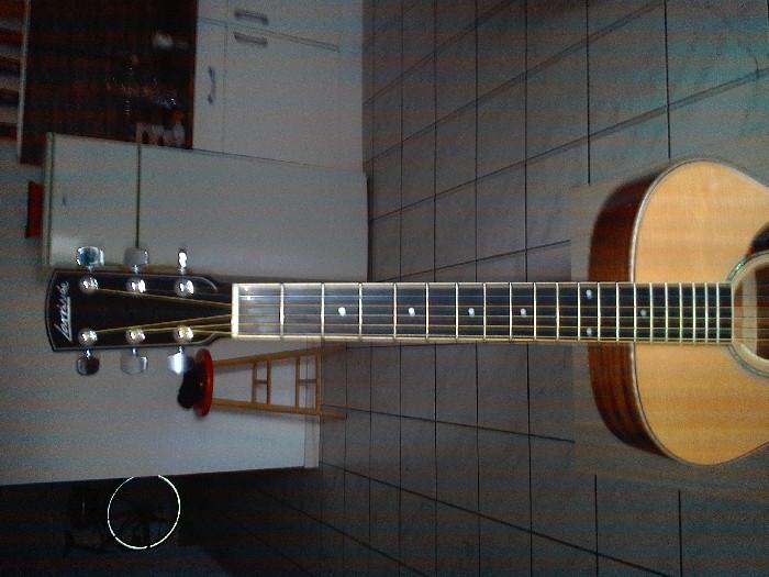 guitare folk lectro acoustique larriv e om 05 e vendre. Black Bedroom Furniture Sets. Home Design Ideas