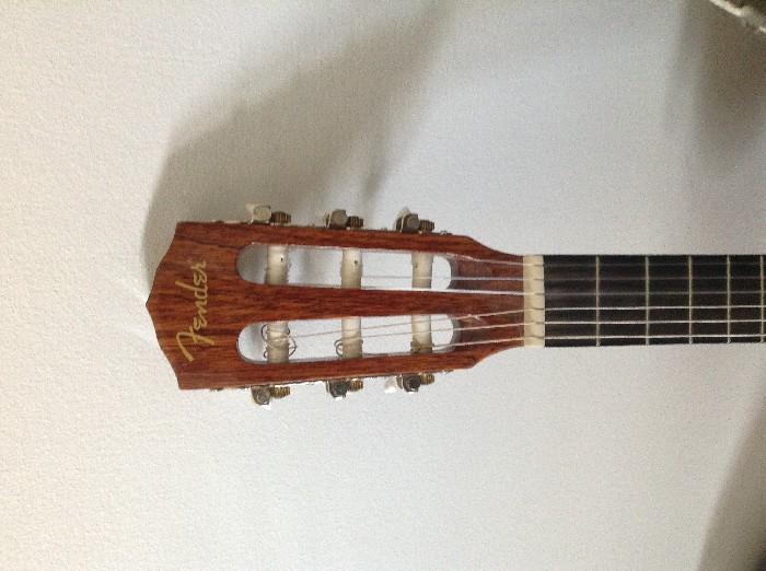 guitare classique fender vendre. Black Bedroom Furniture Sets. Home Design Ideas