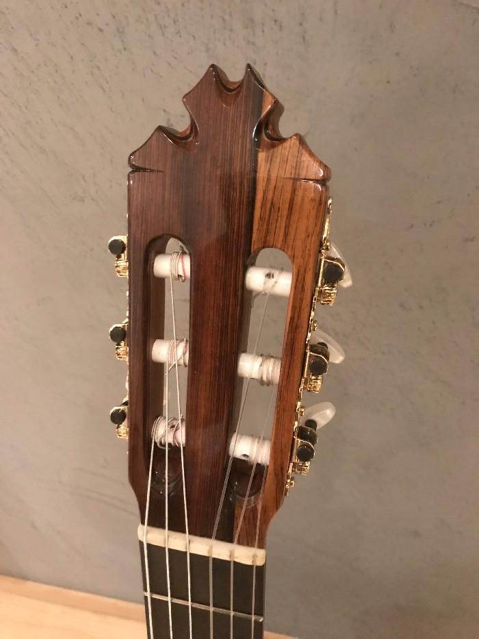 Guitare classique flamenca negra à vendre