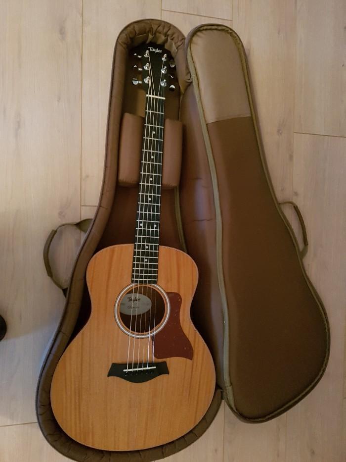 guitare folk acoustique taylor gs mini mahogany vendre. Black Bedroom Furniture Sets. Home Design Ideas