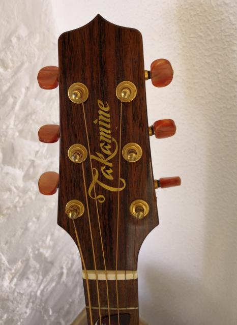 Guitare folk électro-acoustique Takamine TAN55C à vendre